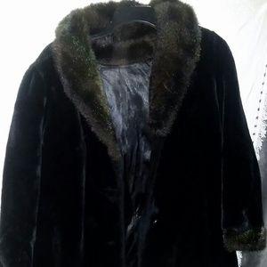Jackets & Blazers - Women's Fur Coat